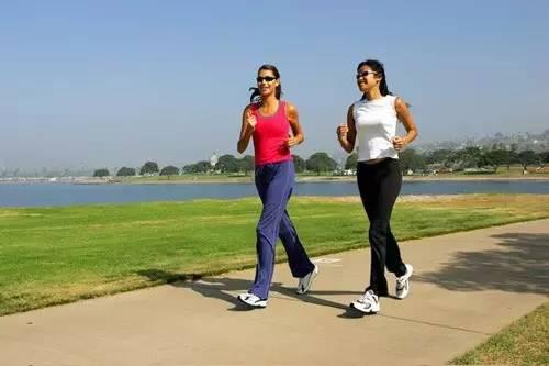 女生生理期最适合做什么运动?