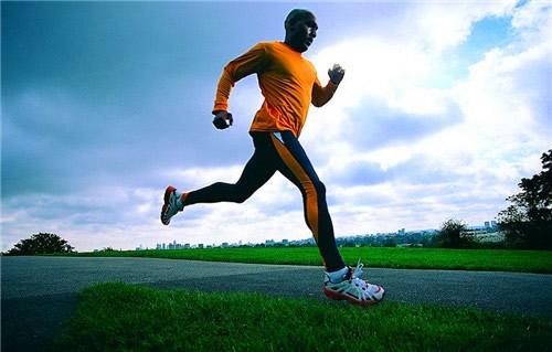 跑步姿势——最重要的跑步问题。