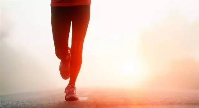 晨跑,空腹跑步好不好?